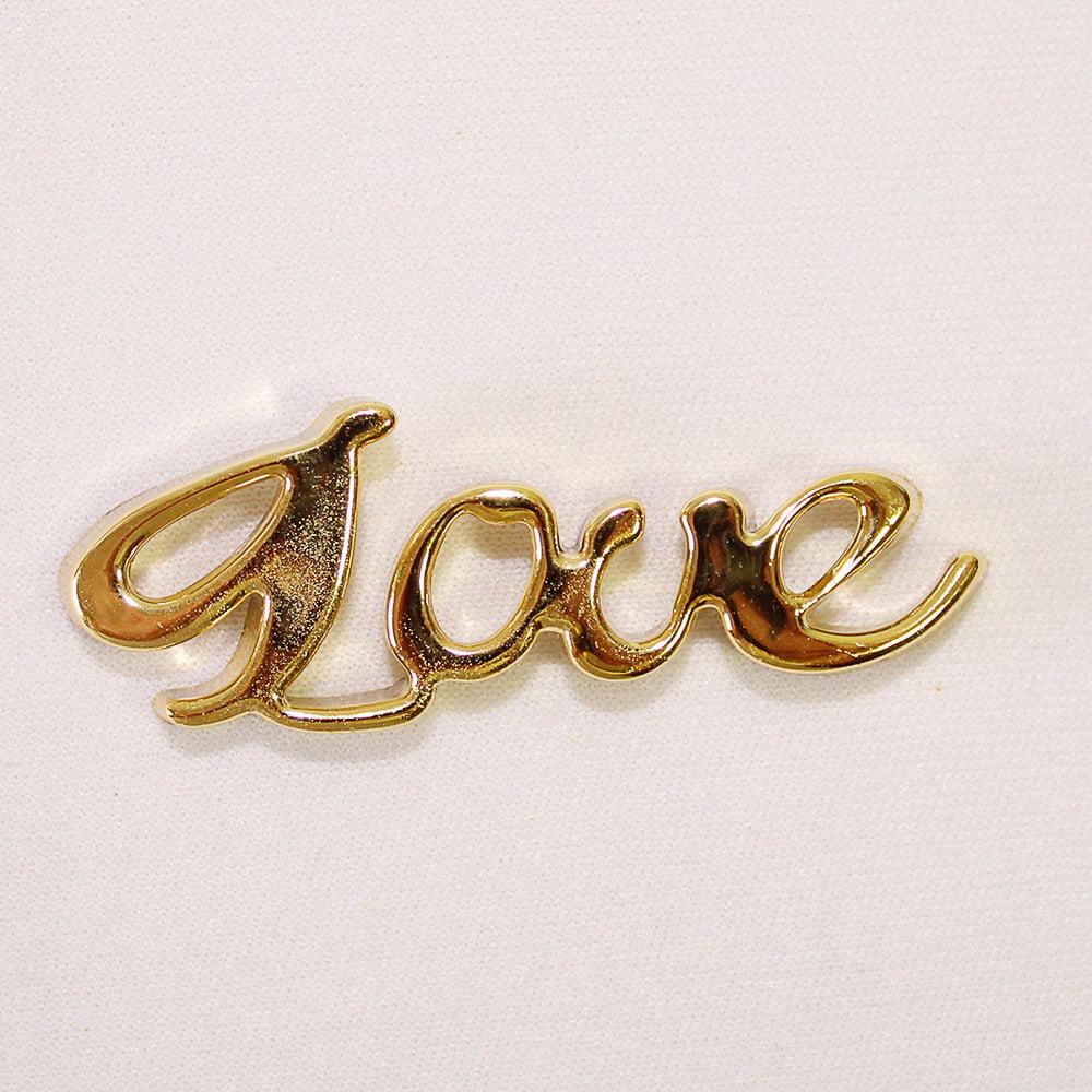Aplique Love dourado